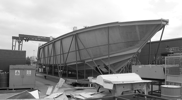 Large scale on-site 3D scanning of boat